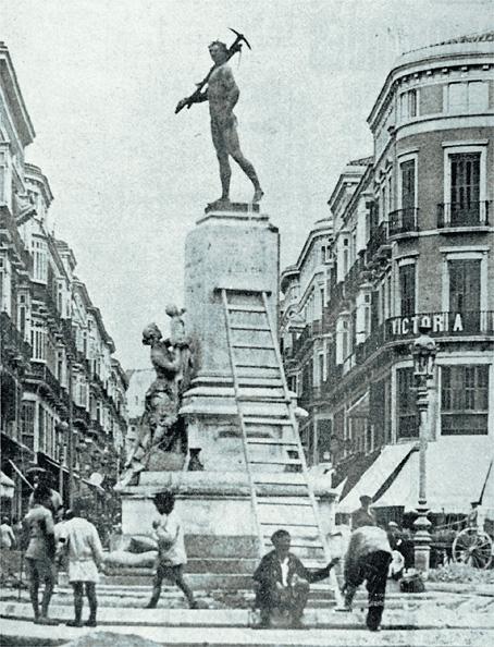 010-la estatua del marqués de Larios. II República